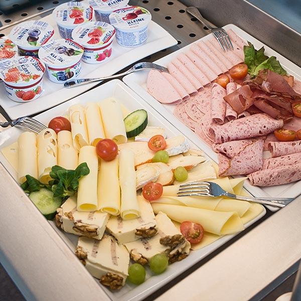 Frühstücksbuffet im Hotel Alb Inn