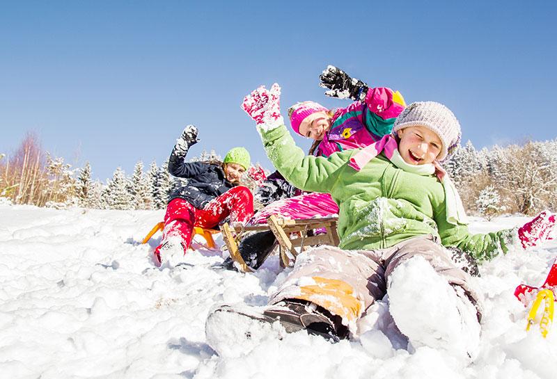 Ob Langlaufen, Skifahren, Snowboarden, Winderwandern und viel mehr - erlegen Sie den Winter von seiner schönsten Seite auf der Schwäbischen Alb!